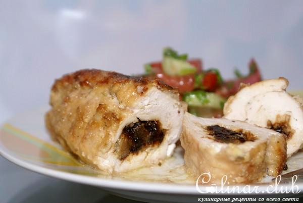 Куриные рулетики с сыром и черносливом в духовке рецепт