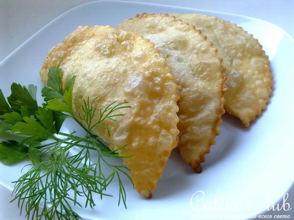Чебуреки во фритюрнице рецепт с пошаговый