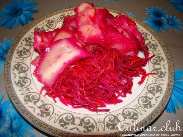 Рецепт суточной капусты со свеклой и чесноком быстрого приготовления