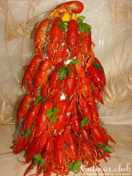 Салат с рыбой и раками фото