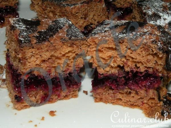 Бисквит с черной смородиной рецепт с фото