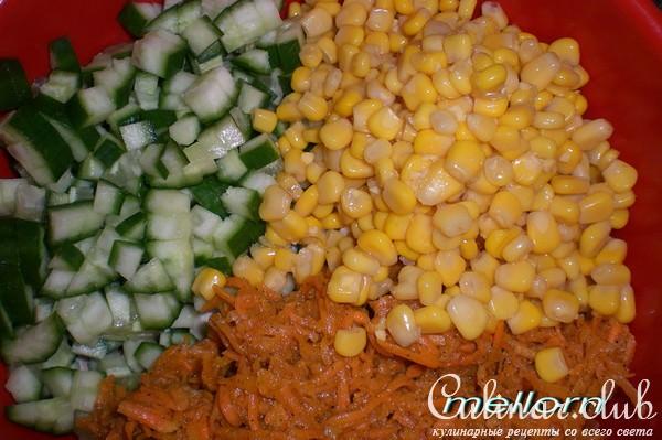 Салат корейская морковь с крабовыми палочками